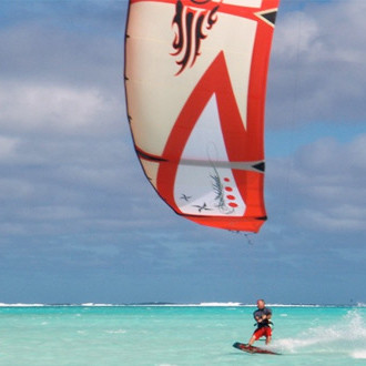 "Aitutaki Is ""Heaven"" For Kitesurfers"